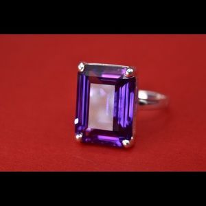 💟Tiffany Sparkles ring in silver with amethyst